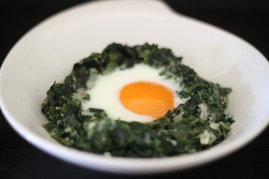 Baked Eggs with Creamy Spinach | Mark's Daily Apple