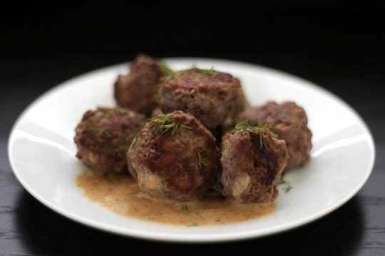 ᐊSwedish Meatballs - us32