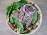 Simple Spinach Salad with Grilled Steak and Raspberry Vinaigrette